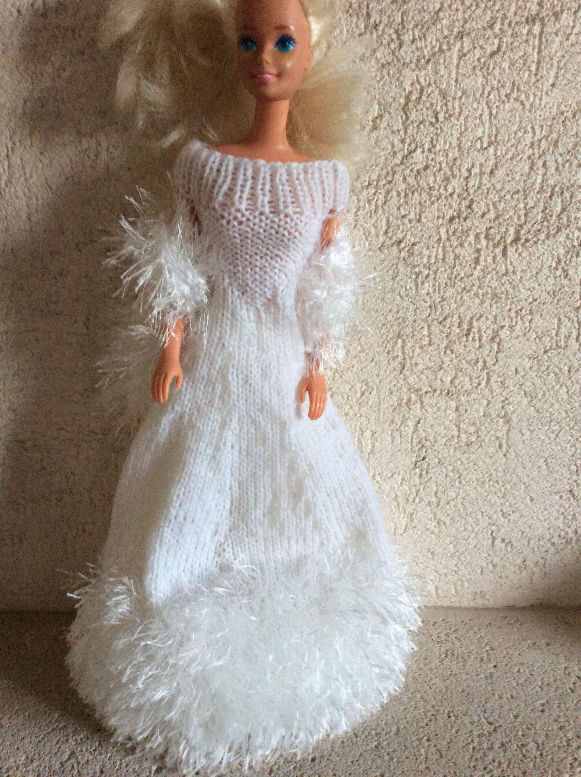 Vetements pour poupee barbie fait main - Barbie mariee ...